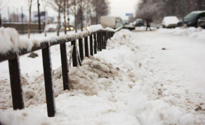 Городская прокуратура выявила нарушения при уборке территории в Советском районе